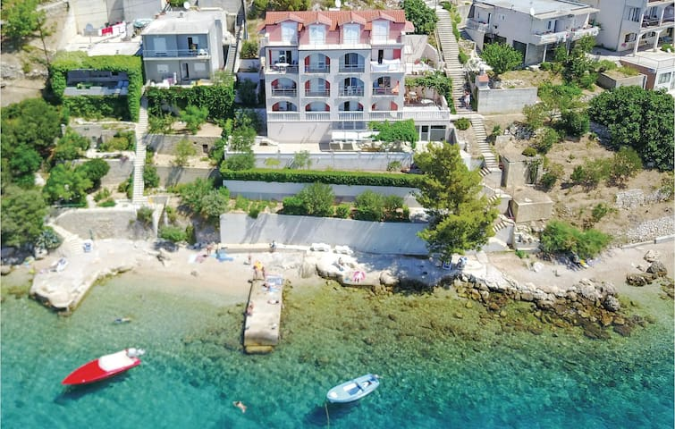 Holiday apartment with 1 bedroom on 45m² in Stanici