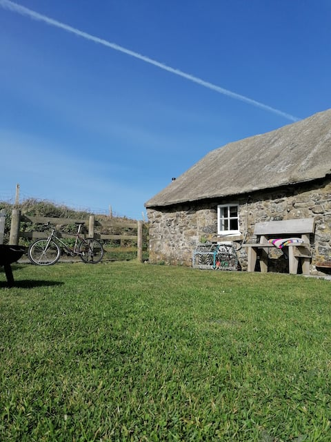 The Henhouse at Runwayskiln, perfect for Skomer