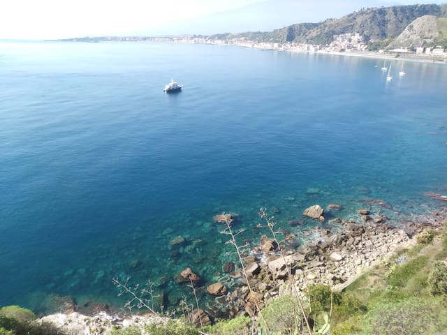 Villa Soleil due minuti dal mare free wifi