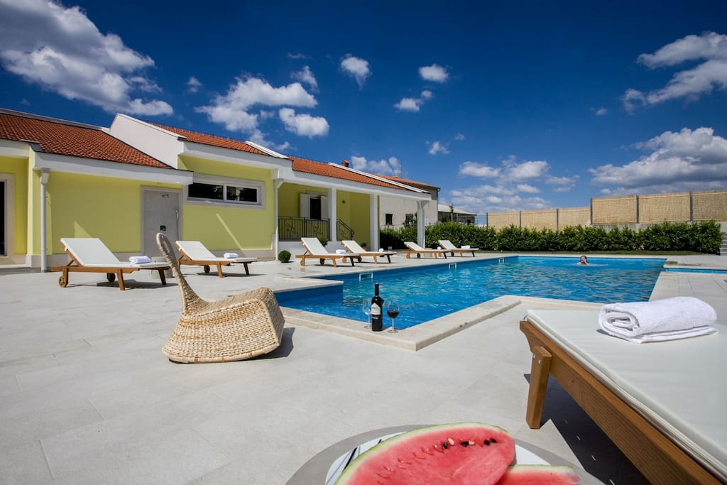 NEW!! Villa Delmati with private 60 sq meter pool, whirlpool, summer kitchen with BBQ