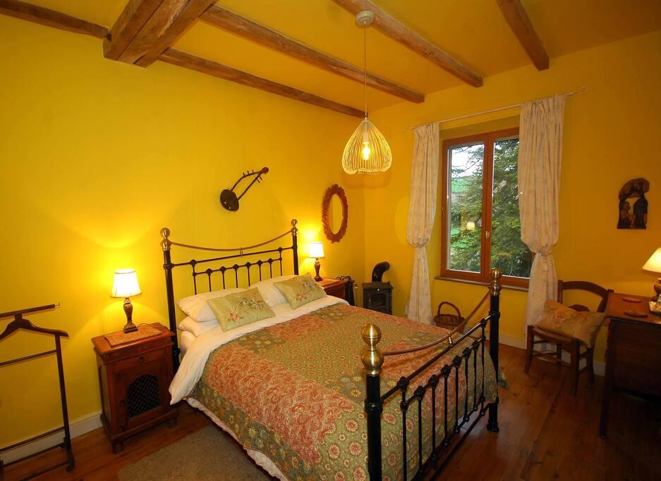 La maison de papillon chambre de soleil chambres d 39 h tes for La chambre france