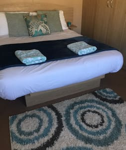 Lovely Static Caravan, Clacton-On-Sea - Clacton-on-Sea - Camper/RV