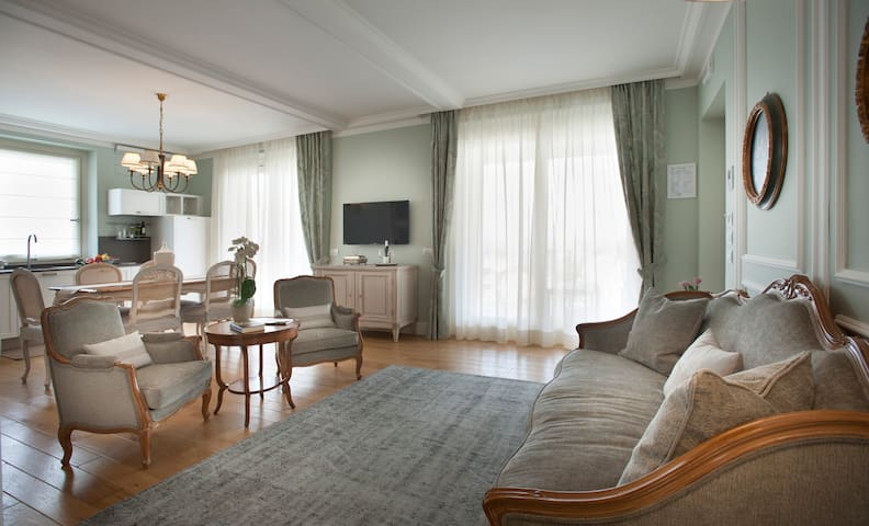 Villa Vitae - Luxury apartments - Suite Colbert