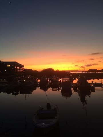 Leilighet på bryggekanten i Korshavn/Lyngdal
