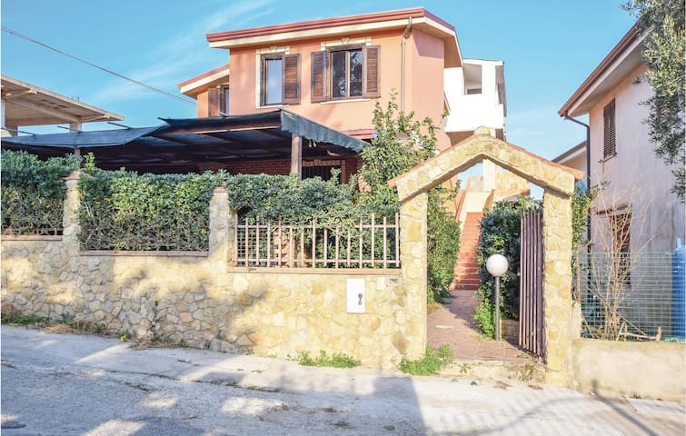 Holiday apartment with 2 bedrooms on 50m² in Isola di Capo Rizzuto