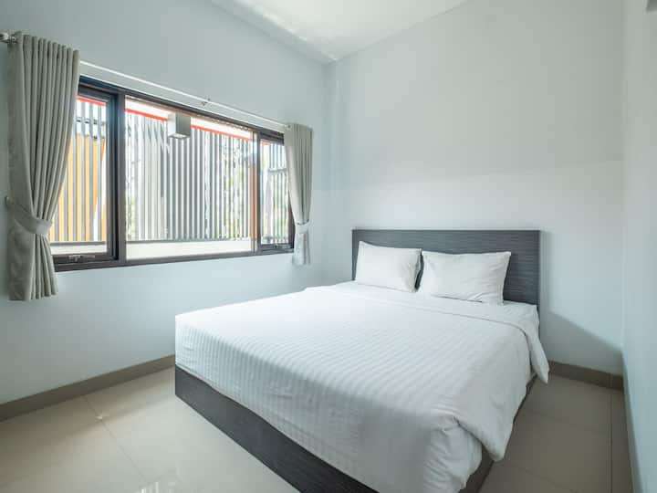 "Pondok 24 ""Cozy Stay in Cirebon"""
