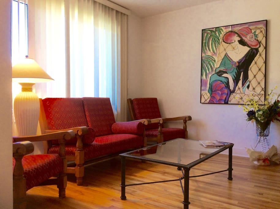 toute la maison propre calme dans quebec maisons louer qu bec city qu bec canada. Black Bedroom Furniture Sets. Home Design Ideas