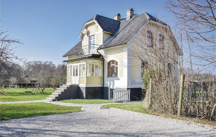 Stunning home in Höganäs with WiFi and 4 Bedrooms