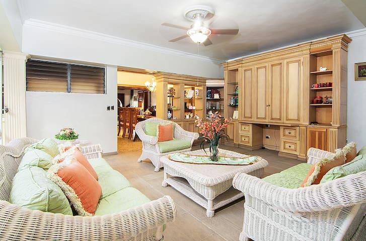 Charming and Cozy 2BDR Suite! - Altos Arroyo Hondo II - Ev
