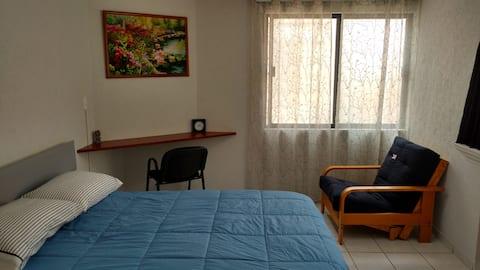 Comoda habitación a una cuadra del AICM T1