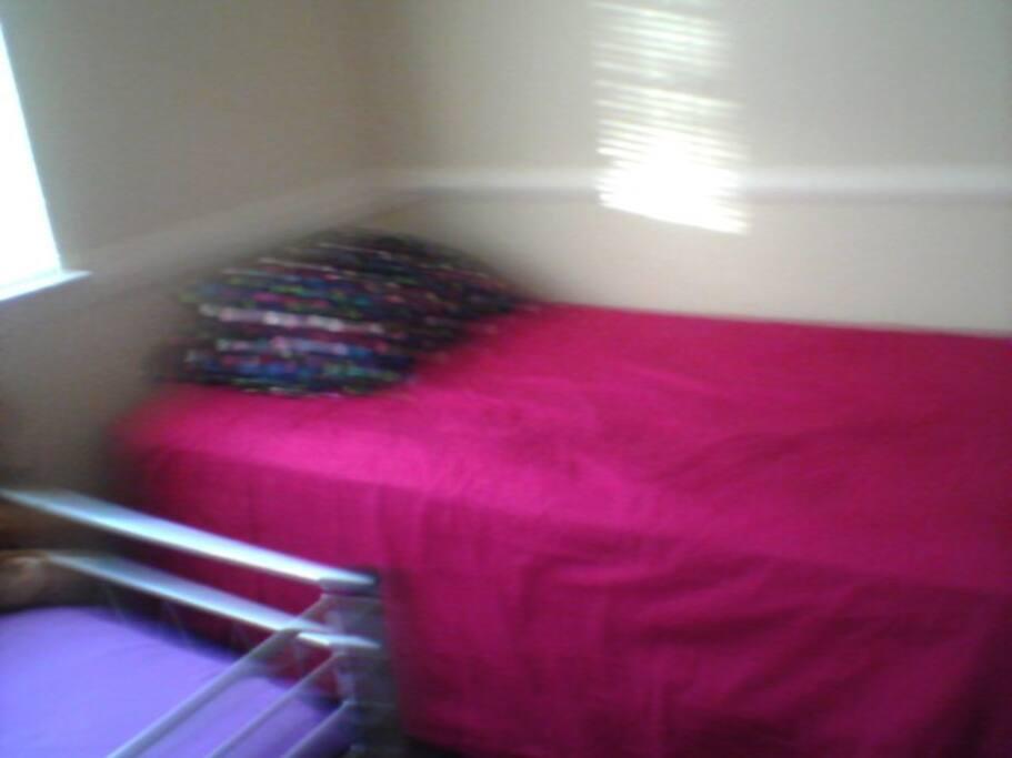 Bed 2 in Bedroom #1