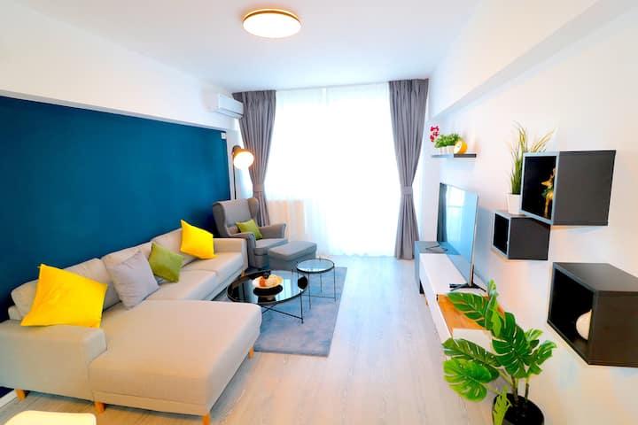 Cozy 2 bedrooms apartment, city center,high design