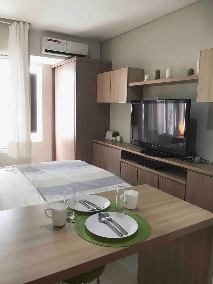 Cozy and convenient fully furnished studio in the city with complete amenities