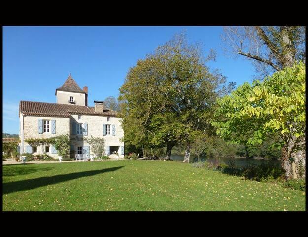 Le Pigeonnier - Albas - House