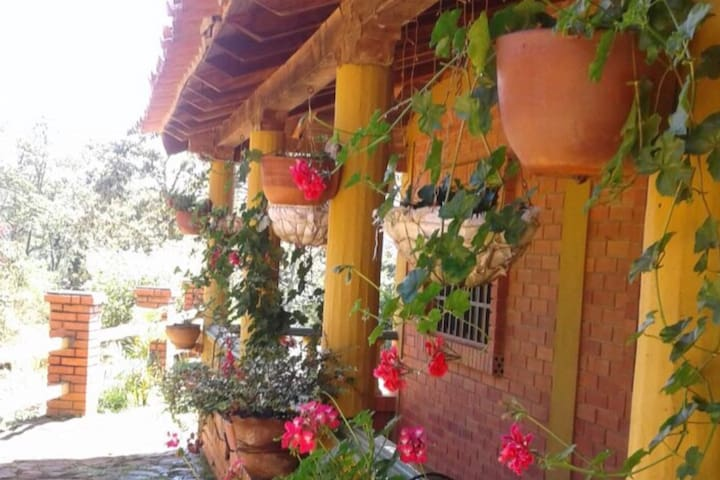 Cabaña Margarita Rosa en la histórica Charalá