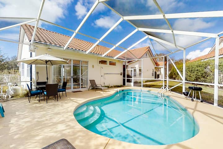 Dazzling resort home w/private heated pool, shared pool, hot tub, & tennis