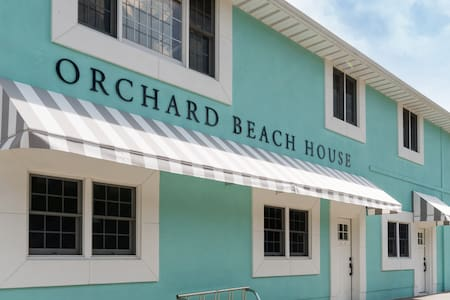 Main Floor Unit w/ Hot Tub & Sauna across from Orchard Beach State Park!