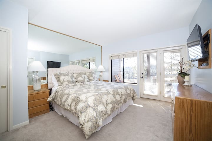 Gorgeous and comfortable king master suite