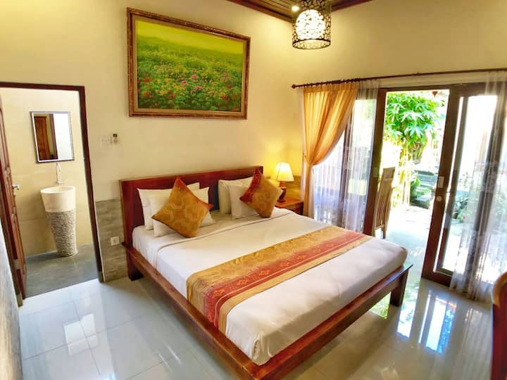 Lovely private room & convenient 5 min Ubud town