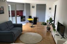 Schöne neue 1,5 Zimmerwohnung mit Gartensitzplatz