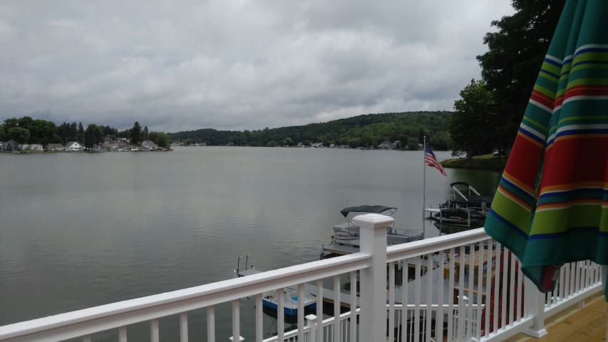 Lovely 3BR summer/winter lake house - Machias