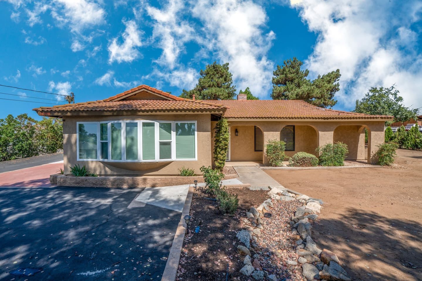 Our gorgeous, private home in Riverside!