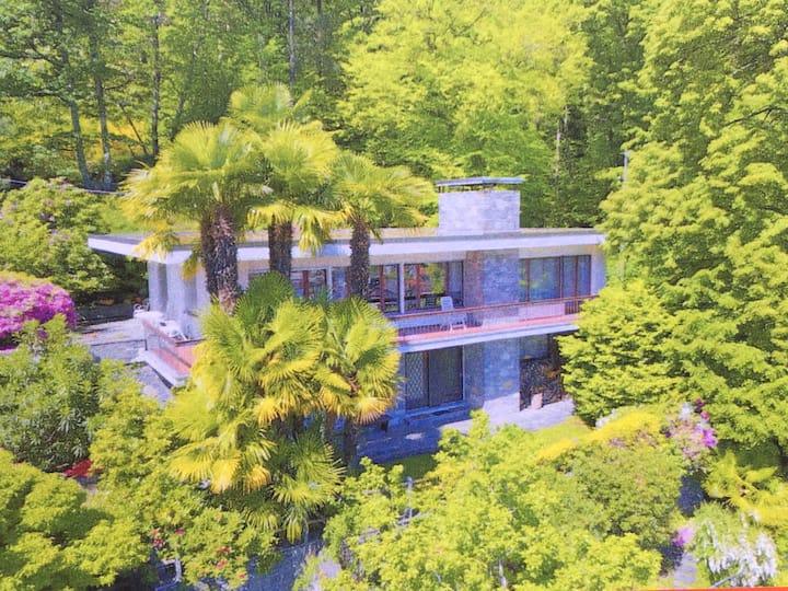 Grosszügiges Haus mit Seeblick, Garten, Terrasse