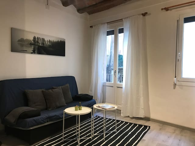 Homey apt next to the subway and RAMBLAS 20%OFF