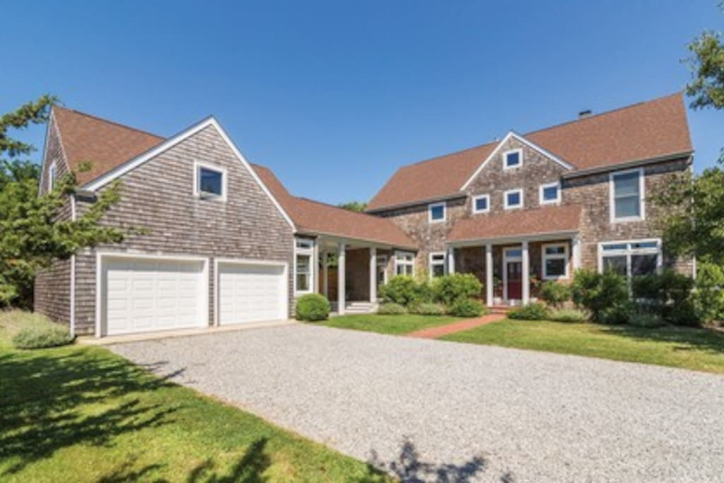 Traditional custom built home w/extra parking in drive way