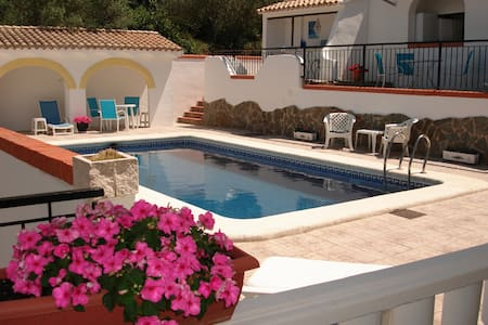 Pool Apartment - 3 bedroom apt in Villa with pool - Simat de la Valldigna