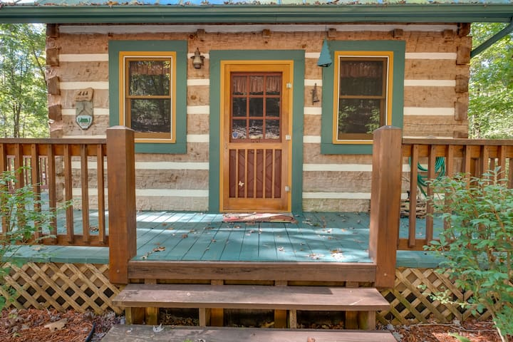 Dovetailed, hand-hewned  hemlock cabin. Built in 1984 by a craftsman.
