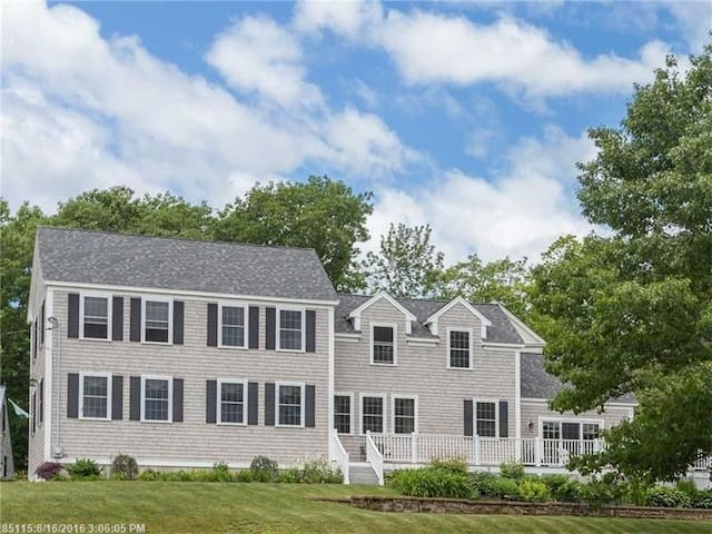 Kittery Point Waterfront Vacation Home