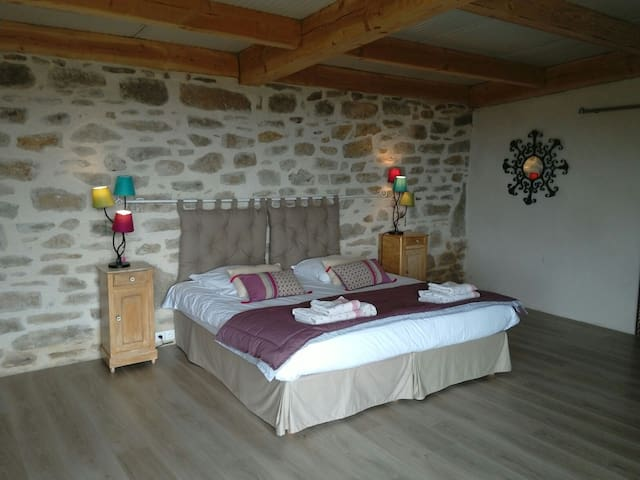 Chambre avec Panorama exceptionnel - Sousceyrac en Quercy  - Bed & Breakfast