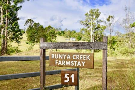 Bunya Creek Farm Stay