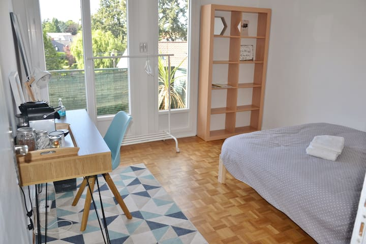 Chambre cosy au nord de Nantes à 5 min du tram