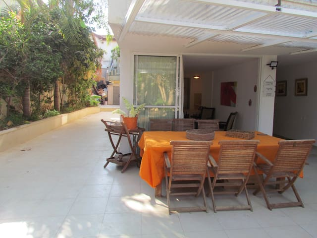 Luxury Raanana ground apartment with large garden