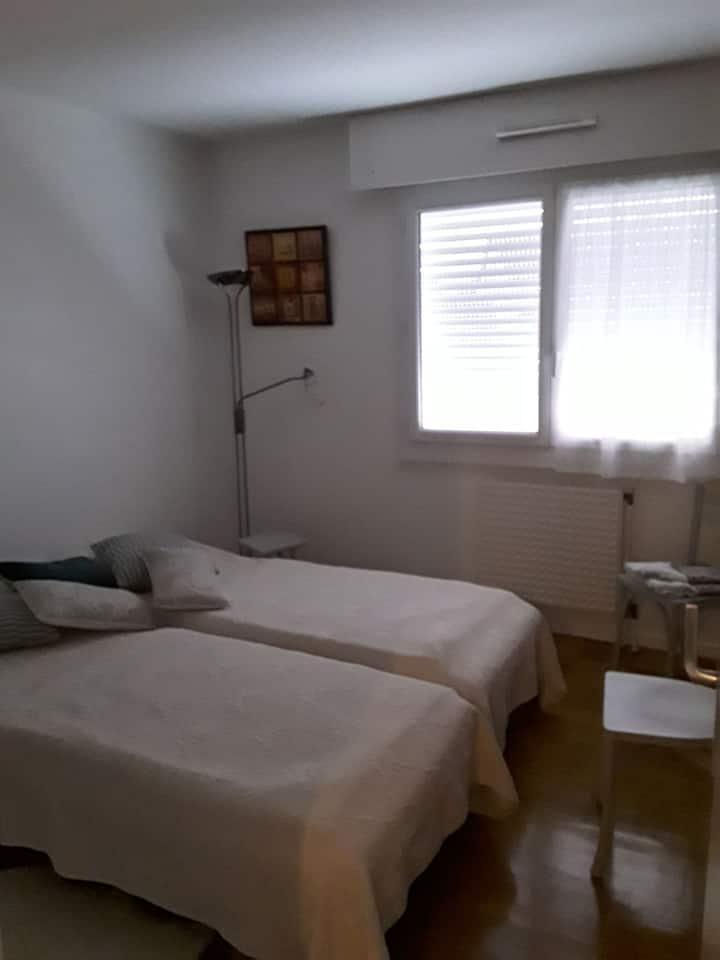 Chambre privée très calme sur Lyon 5