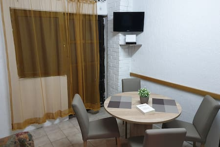 Cozy apartment in Trpejca, 10m from Ohrid Lake