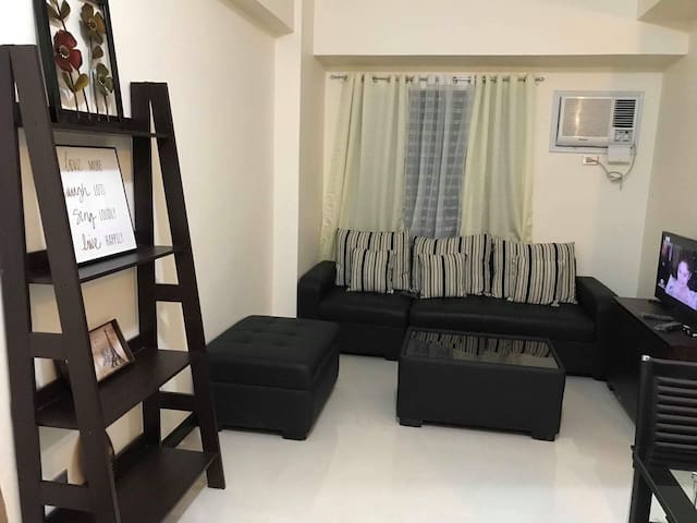 Furnished Condo With Parking Near GreenHills