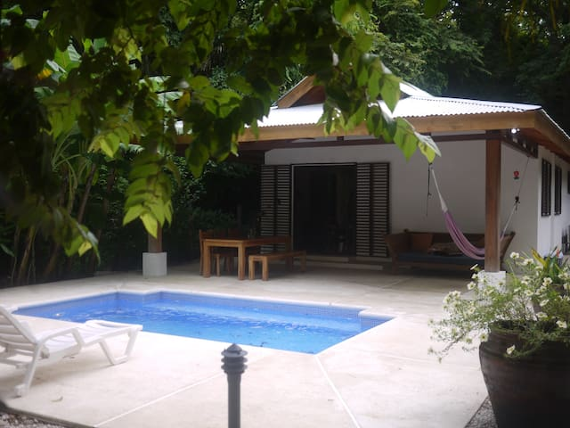 Cozy Cool Casita in Prime Location - Nosara - House