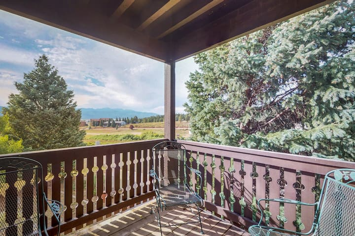 See Wheeler Peak from condo- close to Angel Fire, hiking & biking!