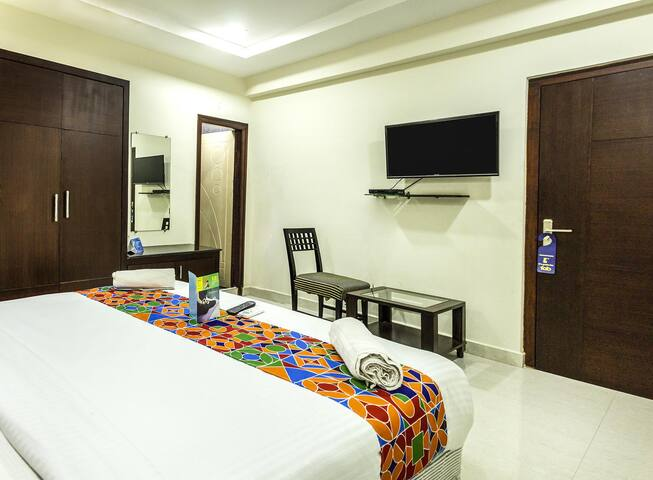 Fancy well-lit and Ventilated rooms on Mahanadu Road @ Vijayawada