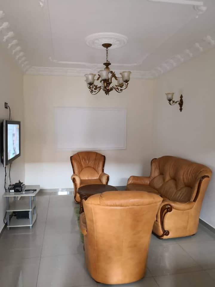 Studio moderne meublé full option!! Fougerolle