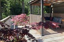 Treehouse Cottage private Gazebo