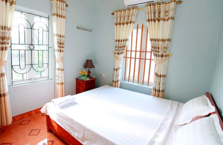 Double With Mountain Views - VN - Bed & Breakfast