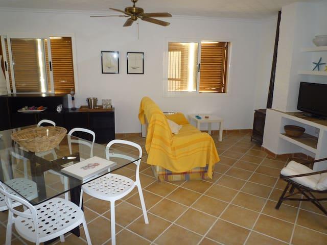 casa amplia a 40 m de la playa - Puerto de Mazarrón - Dom