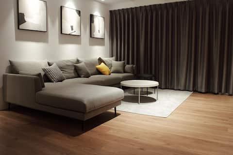 五樓公寓(5th Flr Apartment )A