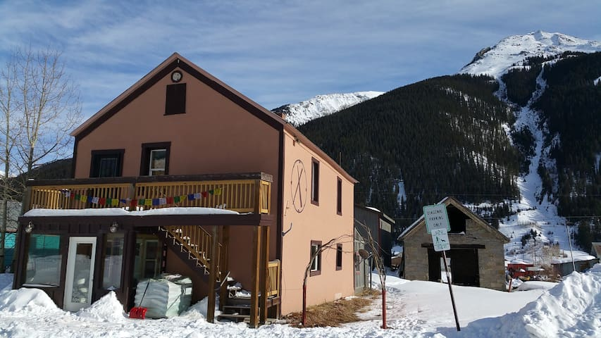 Explorer's Club Southwest/ The X-Club - Silverton - Barraca