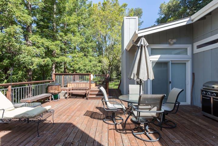 Boulder Creek living - Boulder Creek - House