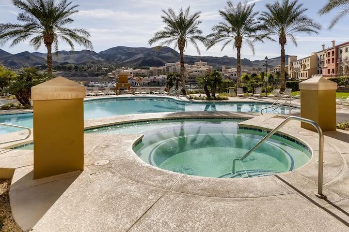 Oasis on Lake Las Vegas-Dine, Golf, Explore, Relax